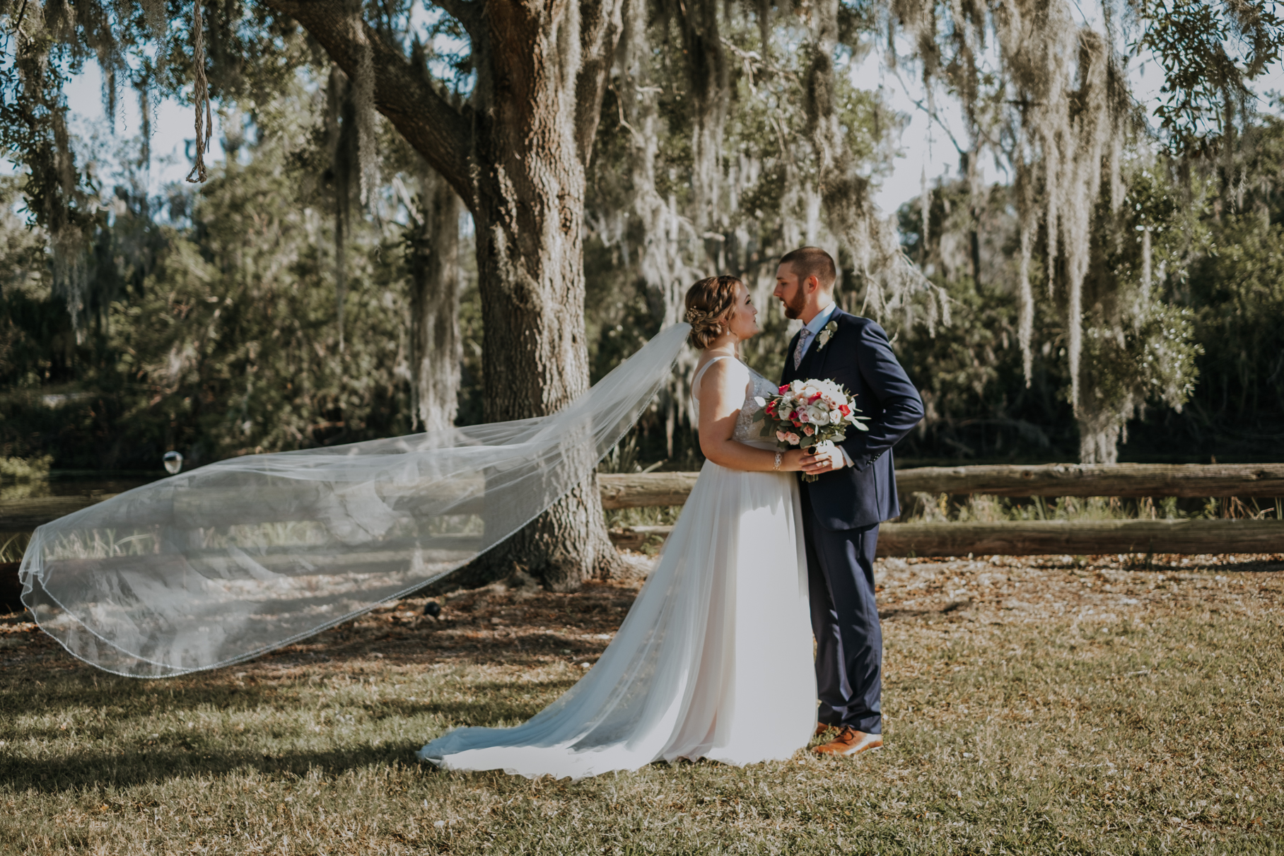 katie + chris | florida rustic barn wedding | plant city wedding | tampa wedding photographer