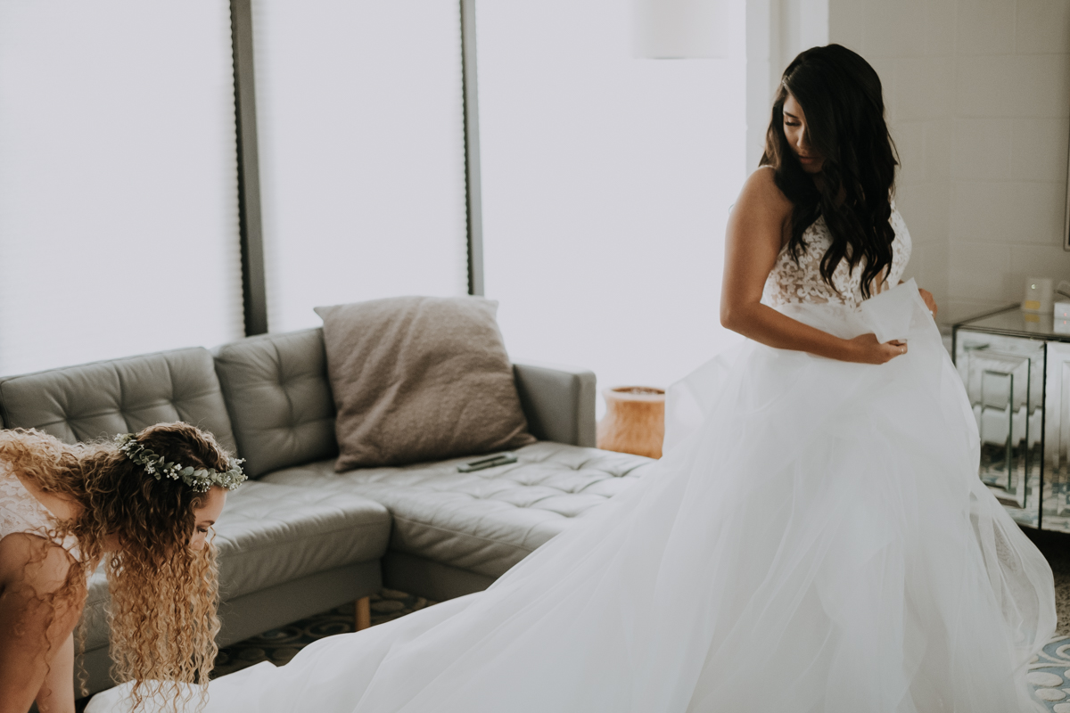 lace and tulle dress | the perfect dress sarasota | romantic sarasota wedding photographer | romantic sarasota wedding | tampa wedding photographer | freehearted film co