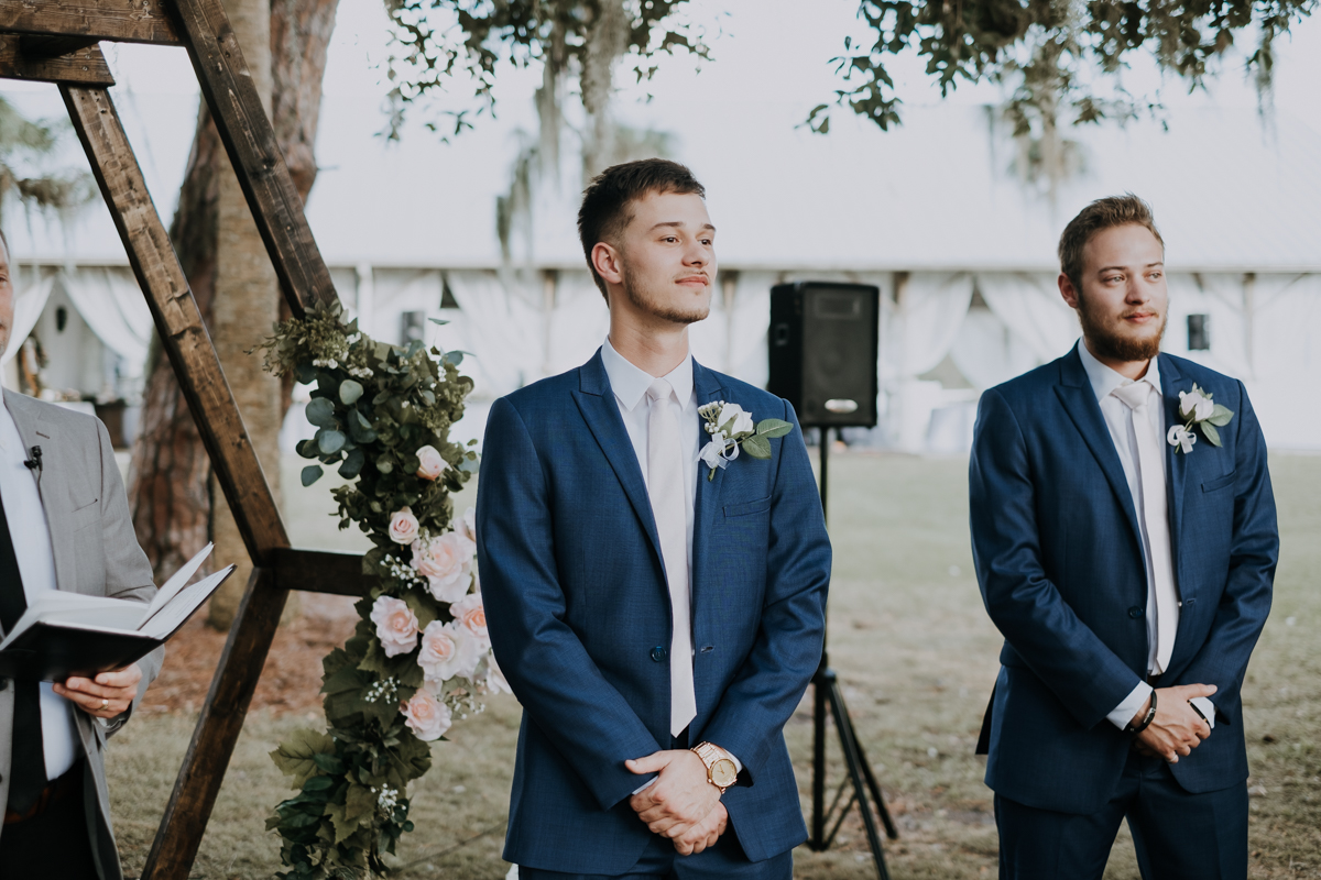 first look down the aisle | first look during the ceremony | romantic sarasota wedding photographer | romantic sarasota wedding | tampa wedding photographer | freehearted film co